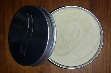 """Savon à raser fait main """"Barb'âne"""" à 30% de lait d'âness"""
